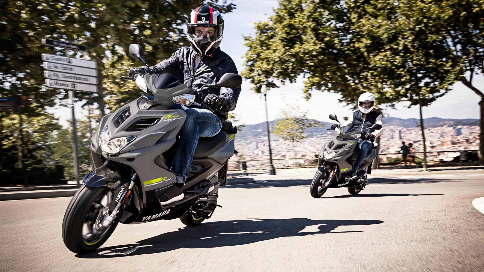 2021-Yamaha-AEROX-EU-JM-Trafikskola